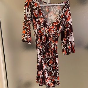 Retro pattern wrap dress